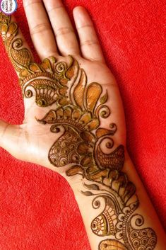 You might be looking for stunning mehndi designs to draw on for the upcoming events. Check out different beautiful and simple mehndi designs. New mendhi design Best Arabic Mehndi Designs, Palm Mehndi Design, Mehndi Designs Feet, Mehndi Designs For Kids, Mehndi Designs Book, Full Hand Mehndi Designs, Mehndi Designs 2018, Mehndi Designs For Beginners, Stylish Mehndi Designs