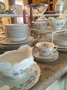 """Governor's Mansion """"Natchez"""" china  New Divide & Conquer sale starting this Thursday, March 3-5; check out the details here:  http://divideandconquerofeasttexas.com/nextsales.php  #estatesales #consignments #consignment #tyler #tylertx #tylertexas #organizing #organizers #professionalorganizer #professionalorganizers #movingsale #movingsales #moving #sale #divideandconquer #divideandconquerofeasttexas #divideandconquereasttexas #marthadunlap #martha #dunlap"""