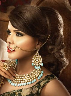 Asian Bride Makeup by Anita :: Khush Mag - Asian wedding magazine for every bride and groom planning their Big Day Indian Bridal Hairstyles, Bride Hairstyles, Bridal Nose Ring, Bridal Gallery, Small Necklace, Asian Bride, Bride Makeup, Hair Ornaments, India Beauty