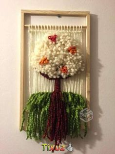 telares decorativos arboles - Buscar con Google Weaving Art, Loom Weaving, Weaving Techniques, Loom Knitting, Goblin, Grapevine Wreath, New Art, Fiber Art, Lana