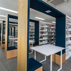Public Library Design, Bookstore Design, School Library Design, Library Architecture, School Architecture, Architecture Design, Simple False Ceiling Design, Showroom Interior Design, Library Furniture