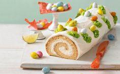"""Die Biskuitrolle gefüllt mit einer """"Schmand-Limetten-Creme"""" schmeckt wunderbar erfrischend und wird jeden Ostergast und natürlich auch die Familie und Freunde begeistern."""
