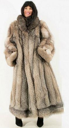 Fox Fur Coat, Fur Fashion, Furs, Romantic, Crystal, Nice, Heart, Jackets, Women