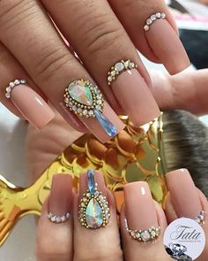healthy meals for dinners recipes easy beef Gem Nails, Diva Nails, Bling Nails, Hair And Nails, Nails Design With Rhinestones, Nail Jewels, Stylish Nails, Cool Nail Art, French Nails