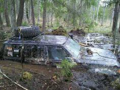 Jeep Cherokee XJ (Best reason for a sunroof) Camo Truck, Jeep Truck, 4x4 Trucks, Jeep Jeep, Muddy Trucks, Jeep Xj Mods, Jeep Baby, Badass Jeep, Cool Jeeps