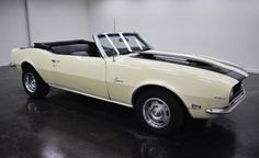 1968 Chevrolet Camaro Convertible: Turbo 350 automatic transmission with 2 doors and black and yellow on the inside to the outside, mileage of 75,183 miles and a Small Block V8 engine with 15-inch wheels; Numbers wine used: 124678N421346 and numbers do not match.  This vehicle is available for sale, please contact us on: www.misterdeals.com / or call us on: 08-05-08-02-81 if this vehicle you are interested.  Our prices are: 20,000 euros.