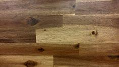 Laminatfußböden verleihen Ihrem Wohnzimmer, Schlafzimmer oder Ihrer Küche ein ganz neues Ambiente. Mit den folgenden Anweisungen und Tipps können Sie gleich loslegen. Flooring Sale, Best Flooring, Types Of Flooring, Walnut Hardwood Flooring, Laminate Flooring, Vinyl Flooring, Linolium, Best Vacuum, Wood Veneer