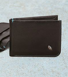Bellroy Hide - Awesome wallet with hidden pockets