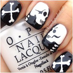 Check out these do-it-yourself trendy nail designs for short nails we know you will love! Have short nails but are fresh out of ideas for fun nail art? Short Nail Designs, Cute Nail Designs, Love Nails, How To Do Nails, Skull Nails, Gel Nagel Design, Super Cute Nails, Latest Nail Art, Manicure E Pedicure