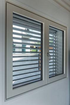 Dettaglio finestra esterna 1