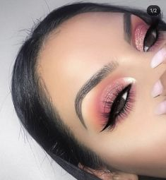 Idée Maquillage 2018 / 2019 : You love what you see? For more popping pins lik Makeup Eye Looks, Cute Makeup, Gorgeous Makeup, Pretty Makeup, Skin Makeup, Eyeshadow Makeup, Beauty Makeup, Eyeshadows, Eyelashes Makeup