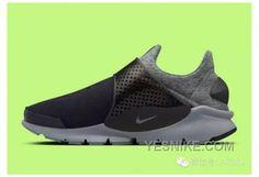 All Black Sneakers, High Top Sneakers, Sneakers Nike, Sock Dart, Cozy Socks, Tech Fleece, Newest Jordans, Air Jordan Shoes, Nike Free