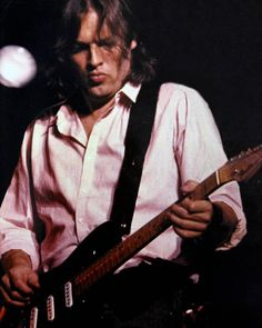 "808 curtidas, 10 comentários - David Gilmour Brasil (@david_gilmour_brasil) no Instagram: ""The Wall Concert, Long Island, NY, 1980 #pinkfloyd #pinkfloydfan #pinkfloydfans #davidgilmour…"""