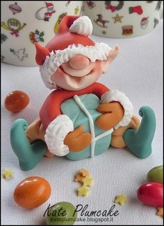 Happy Christmas elf - Cake by Kate Plumcake