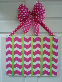 Chevron hairbow holder....dee here is something Hannie needs