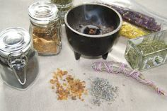 Making Loose Incense #herbs #herbal #herbalism
