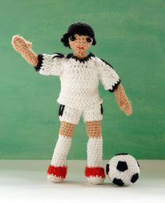 Amigurumi pattern for a football player doll. #amigurumi #pattern #crochet