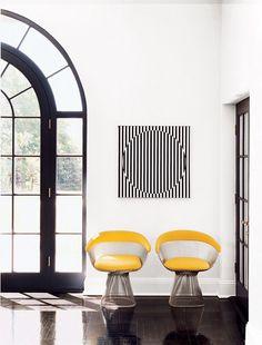 MODERN DECOR | Op Art Interior with Platner chairs | www.bocadolobo.com/ #modernchairs #chairideas