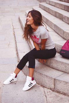 Outfit para Entrenar en el Gym, outfits para el gimnasio, outfits para hacer deporte, moda para el gym, ideas de moda para el gimnasio, leggins para el gym, como vestir para ir al gym, outfits deportivo para invierno, tennis paa el gym, outfits de verano para el gym, deporte y moda, moda para hacer deporte, outfits for the gym, Outfit to Train in the Gym, fashion for the gym #outfitsparaelgym #modagym #tenisgym