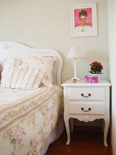 Quartos no estilo provençal e cottage | Casamenteiras Loft House, House Rooms, Bedroom Inspo, Bedroom Decor, Pinterest Room Decor, Wardrobe Room, French Decor, Dream Rooms, Cottage Chic