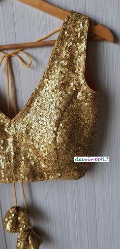 Saree Jacket Designs, New Saree Blouse Designs, Saree Designs Party Wear, Lehenga Designs, Blouse Patterns, Mehndi Designs, Gold Lehenga, Lehenga Blouse, Fancy Dress Design