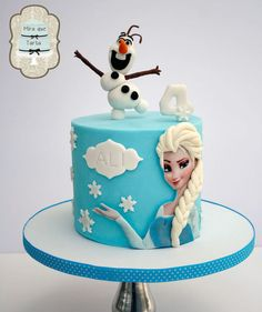 Hayley loves the movie 'Frozen'. great cake design for her Birthday. May 18 2014 ♡ Bolo Frozen, Torte Frozen, Frozen Theme Cake, Frozen Fondant, Frozen Disney, Frozen Cartoon, Sven Frozen, Frozen Movie, Frozen Birthday Party