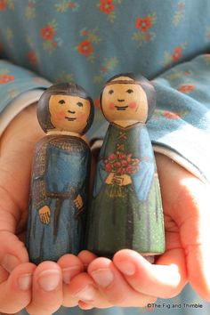 Knight and Fair Lady Wood Peg Doll Set of Two  by TheFigandThimble, so awesome!