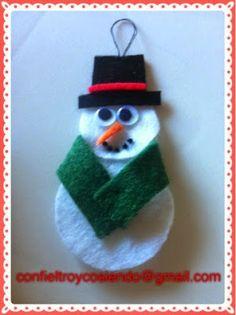 Con fieltro y cosiendo y mucho más: Muñeco de nieve de fieltro