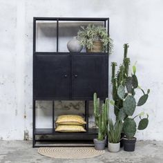 Cupboard Shelves, Cabinet, Industrial Chic, Living Room Interior, Interior Inspiration, Entryway, House Styles, Furniture, Home Decor
