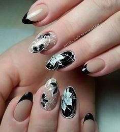 Черный френчик♥️ #evelena_nails #ногти #маникюр #красивыеногти #красивыйманикюр #комбиманикюр #комбинированныйманикюр #вензелянаногтях…