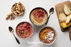 Gib dir Kraft und starte den Tag mit einem gesunden Porridge zum Frühstück! Egal ob kalt im Sommer oder warm aufgegossen im Winter - Porridge macht satt und stark.