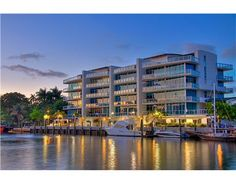 1090 NW N RIVER DR Miami FL 33136