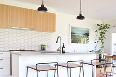 Sara and Damien purchased and renovated their home three years ago, and the experience inspired her to start a small interior decoration and design business, Sedia Studio. In fact they both enjoyed the process: The couple actually said goodbye to this house and recently bought a new house to renovate!