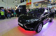 """Fevralın 14-də Rusiyada """"Avtovaz""""ın yeni LADA XRAY modelinin satışı başlayıb.  XRAY SUV-u (krossover) """"Avtovazın"""" Renault Nissan alyansı iləəməkdaşlığı çərçivəsində yaradılmışdır.  Avtomobilin baza komplektasiyasında 1,6 litr, 106 at gücündə mühərrik quraşdırılır.  Avtomobildə iki ön təhlükəsizlik yastıqları, ESC (ABS daxil) təhlükəsizlik sistemi, təcili xəbərdarlıq sistemi, audiosistem və s. daxildir.  XRAY-ınən ucuz versiyası Rusiyalı alıcıya 589 min rubla (11500 manat) başa gələcək…"""