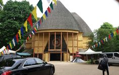 Pagode de Vincennes in front of Kagyu-Dzong Tibetan Buddhist Temple .. ☼☼☼☼☼