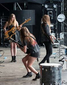 """My current fave girl band, Haim. (rhymes with """"time"""".)  Very talented sisters."""