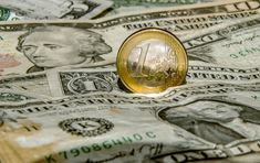 Euro Heading to Replace Dollar as World's Most Liquid Currency