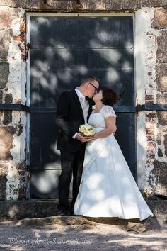 #wedding #kissing couple #shadows #creating #hearts on the background