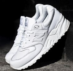 New Balance White Out 999 White Ml999AW Streetwear