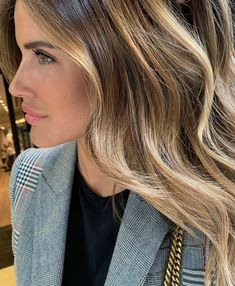 10 Biggest Spring/Summer 2020 Hair Color Trends You'll See Everywhere Balayage Hair, Ombre Hair, Bayalage, Bronde Hair, Cool Blonde Hair, Honey Hair, Light Hair, Hair Dos, Blonde Highlights