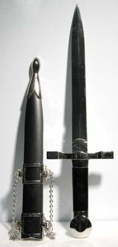 Created as a sturdy dagger, this Athame offers a strong medieval feel with a…