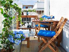 IDEAS PARA DISFRUTAR LOS BALCONES EN PRIMAVERA | IDOMUM #balconesdeco #primaveradeco #balconesideas #balconesplantas #balconesmuebles #balconescolores #balconydecor #balconytrend #balconyspring