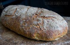 Prosty chleb pszenno-żytni na drożdżach wg D. Leparda