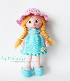 Amigurumi Blue Dress Doll Free Pattern | Tiny Mini Design