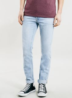 LIGHT WASH CLASSIC SKINNY FIT JEANS