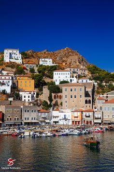 Hydra, Greece (photo by Stelios Kritikakis) Crete Island Greece, Greece Islands, Battle Of Salamis, Corinth Canal, Greece Travel, Beach Fun, Travel Photos, Scenery, Landscape
