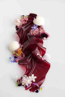 beautiful to eat Michelin Star Food, Modernist Cuisine, Food Tasting, Cookies Et Biscuits, Culinary Arts, Plated Desserts, Creative Food, Food Presentation, Food Design