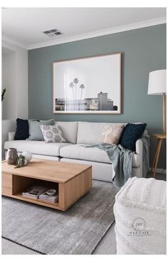 Diy Living Room Decor, Living Room Green, Home Living Room, Living Room Designs, Dark Walls Living Room, Apartment Living, Wall Decor, Living Room Color Schemes, Paint Colors For Living Room