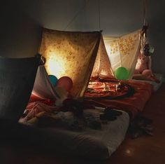 I am so going to use this idea for future sleepovers:0)