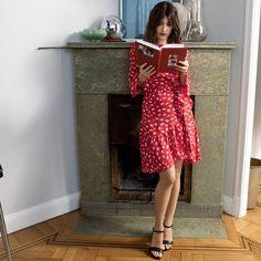 Wrap dress, modeled by Jeanne Damas French Style Dresses, French Girl Style, French Girls, French Chic, Jeanne Damas, Parisian Chic Style, Paris Chic, French Fashion, Vintage Fashion